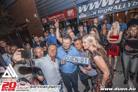 20_eves_a_wwwduenhu_-_party_fotok_2